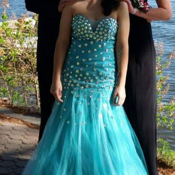 Dresses & Skirts - Turquoise Prom Dress